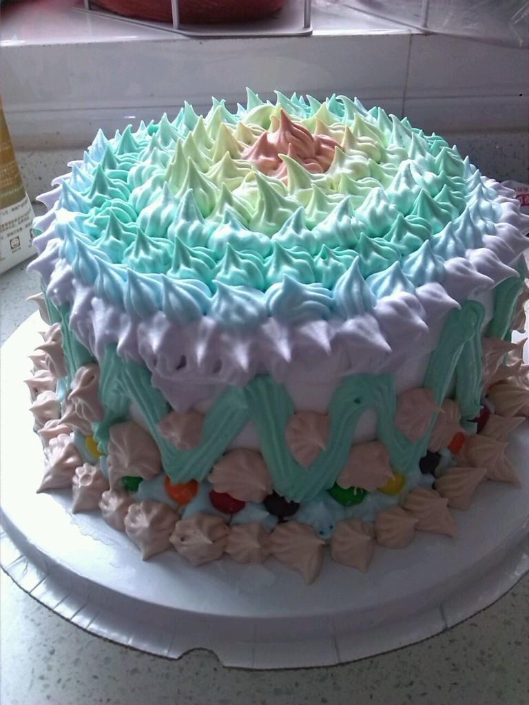 没有步骤,第一次动手做,做的是戚风蛋糕!