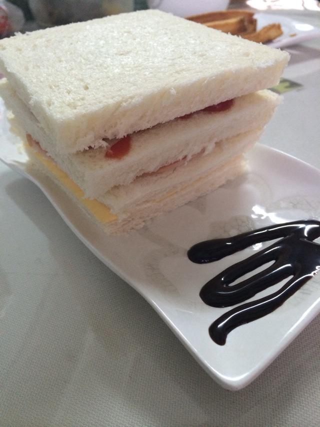 三明治的做法图解1