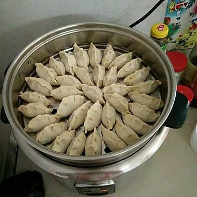 饺子的做法_【图解】饺子怎么做好吃_饺子_家常做法