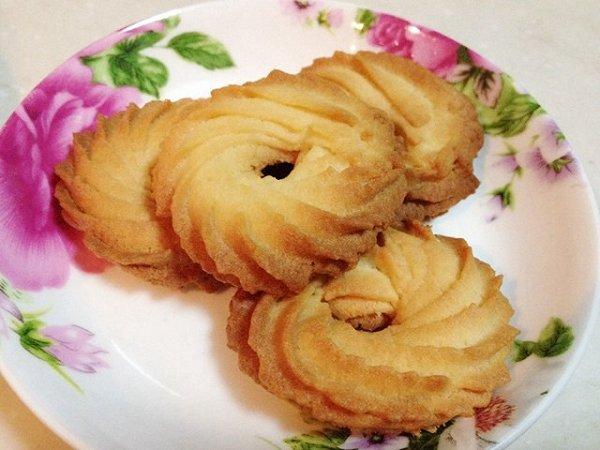 黄油曲奇——最受欢迎的饼干的做法