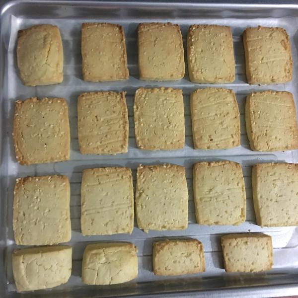 咸味芝麻饼干的做法