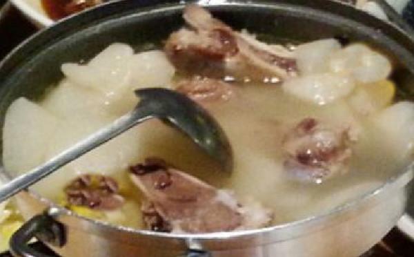 最家常的一碗美容瘦身汤——冬瓜排骨汤的做法
