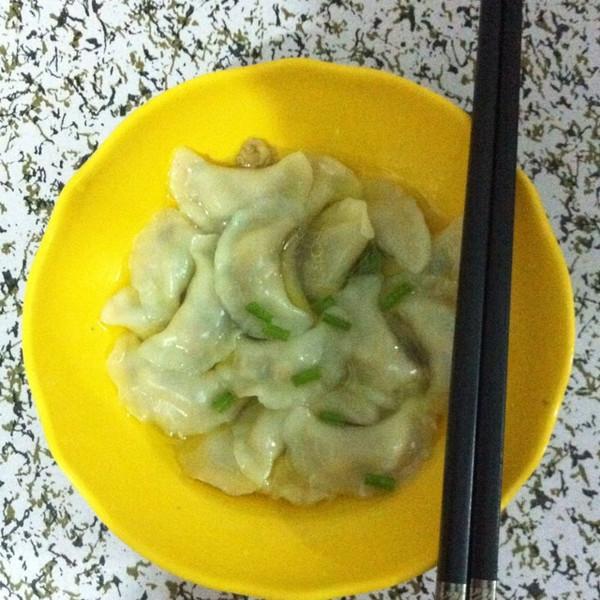 77喔喔的婴儿食谱香菇鸡肉小饺子做法的学习