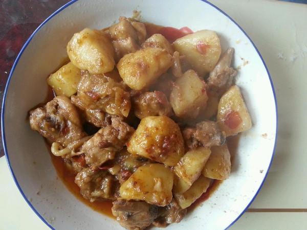 香菇土豆炖鸡肉的做法