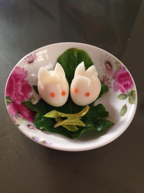 鹌鹑蛋变玉兔----总共分三步的做法