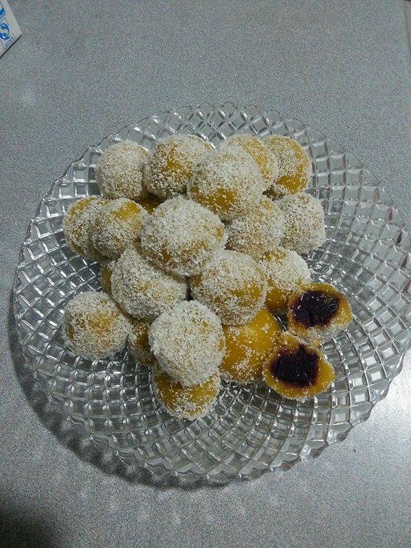 椰香南瓜紫薯糯米糍的做法