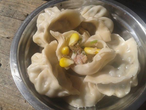 猪肉香菇玉米饺子的做法