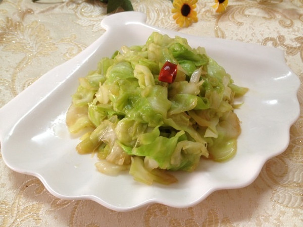 十分钟晚餐——炝拌圆白菜(简易花椒油版)的做法
