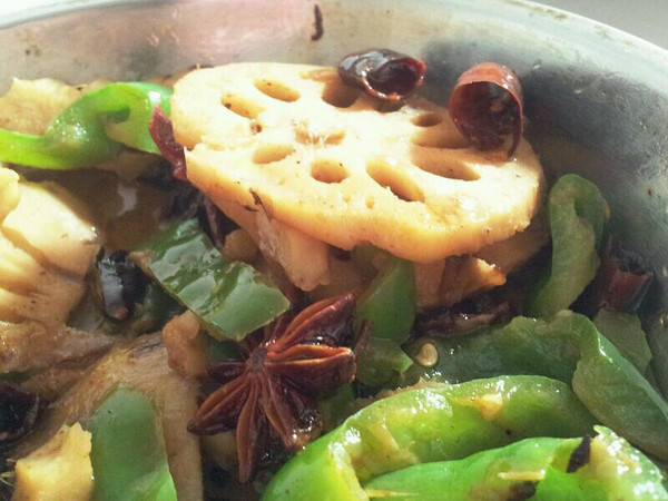 麻辣藕片的做法