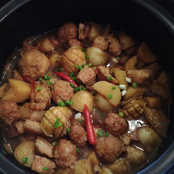 蛰伏的熊二的熏肉炖带皮五花肉煲鲍鱼狮子头做一氧化碳土豆图片