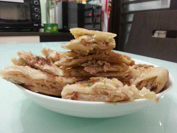 猪肉大葱千层肉饼的做法