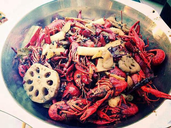 秘制麻辣小龙虾的做法
