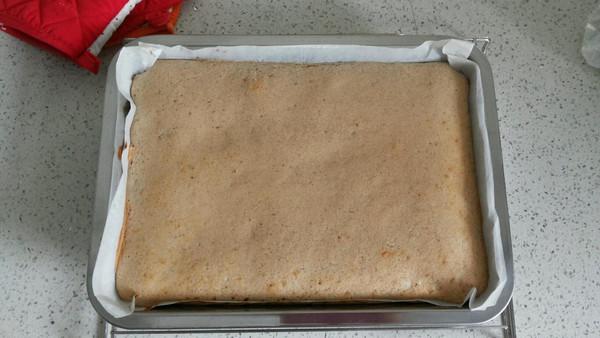 香蕉戚风杯子蛋糕的做法