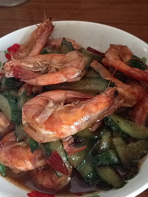 家常美极鲜虾的做法