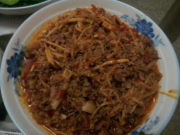 傣味酸笋炒牛肉的做法