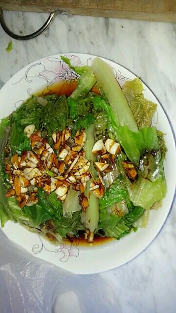 蒜蓉酱油白灼生菜的做法