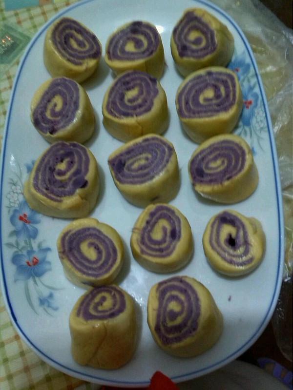 南瓜紫薯小花卷的做法