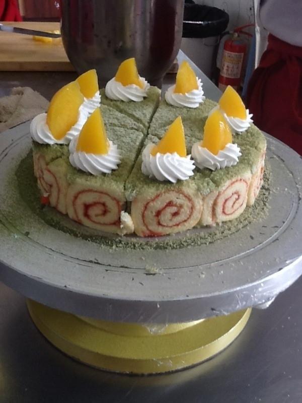花瓣抹茶慕斯蛋糕的做法