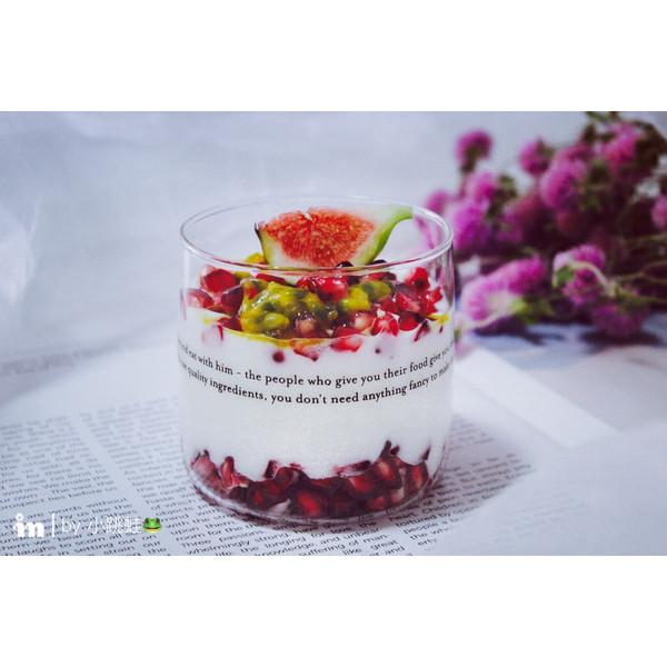 石榴百香果酸奶杯的做法