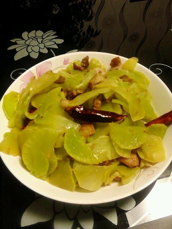 泡椒青笋炒肉片的做法