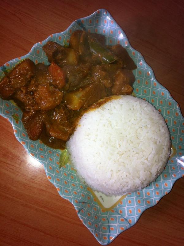 经典味咖喱牛肉饭的做法