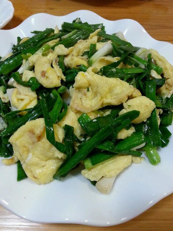 青蒜剁椒炒蛋的做法