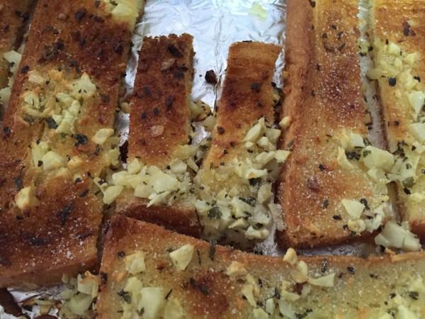 大春爱美食的蒜香面包条做法的v美食成果照_豆蓝海百姓厨汇6神美食图片