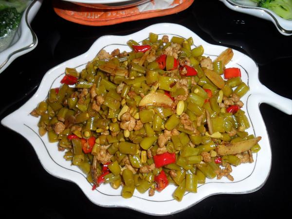 【酸豆角肉末】——家常下饭菜的做法