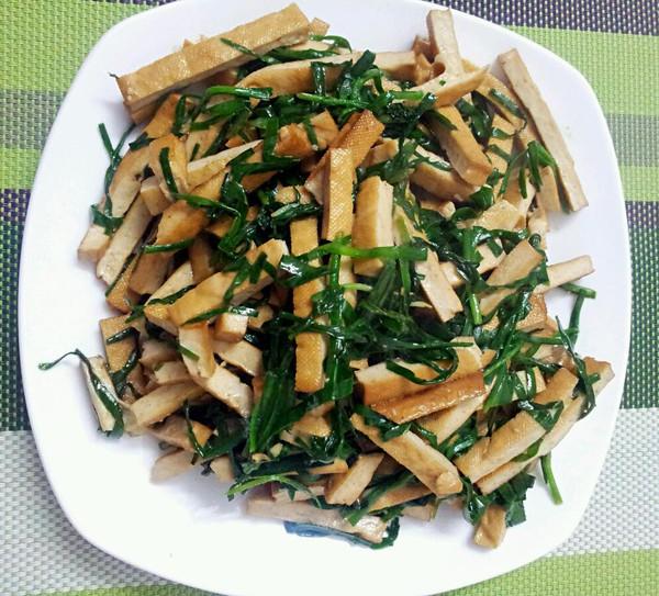 银芽韭菜炒香干的做法