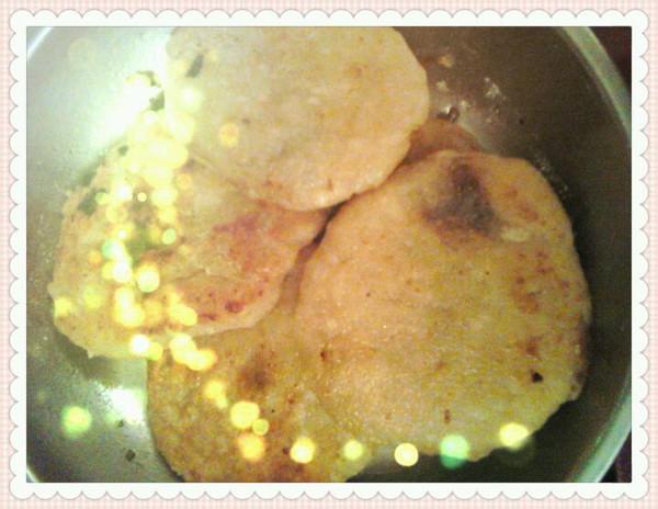 酸菜肉泥馅饼的做法