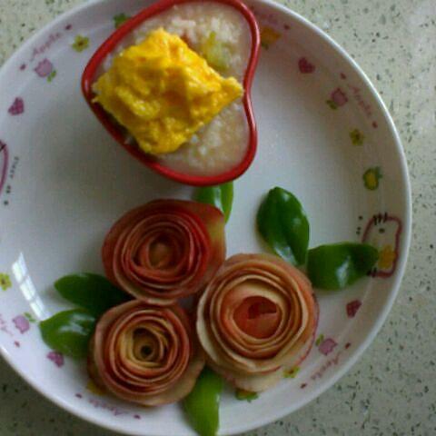 西红柿玫瑰花摆盘装饰图片