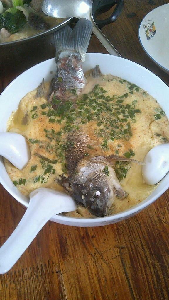 鸡蛋蒸鱼的做法