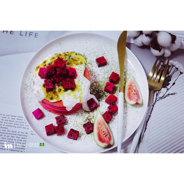 红心火龙果松饼#每道菜都是一台时光机#的做法