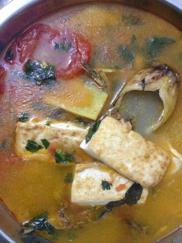 番茄豆腐黄骨鱼汤的做法
