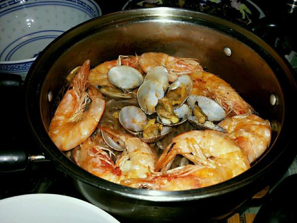 海鲜粉丝煲的做法