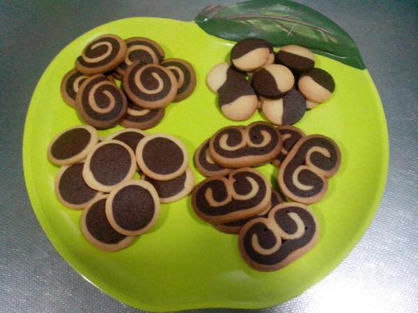 双色饼干的做法