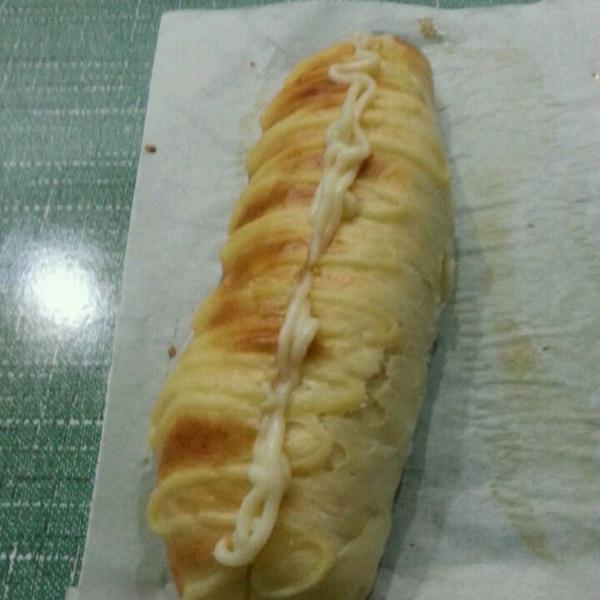 毛毛虫夹心面包