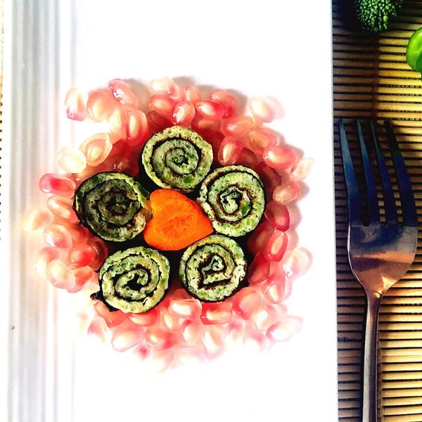 西兰花鸡蛋海苔卷的做法