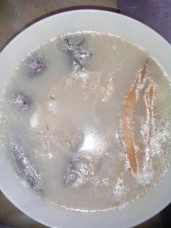 鲫鱼汤的做法