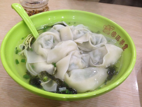 上海风情的菜肉大馄饨的做法