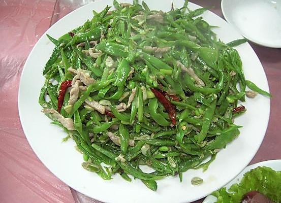 扁豆炒肉丝的做法