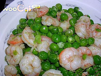 豌豆炒虾仁的做法