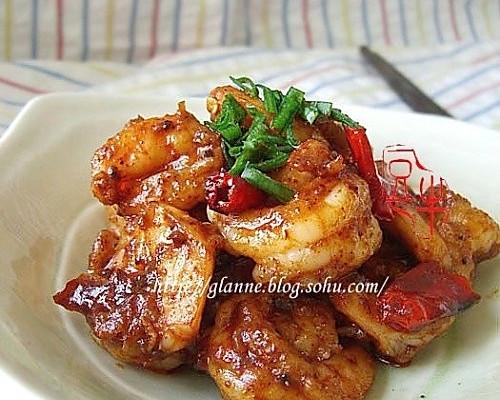 年夜饭辣炒虾仁的做法