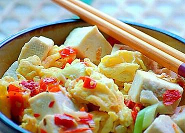 剁椒鸡蛋炒豆腐