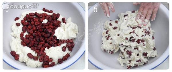 1.用糯米粉和面时候,一定要用开水,否则和出的面不结实,做出造型后容易裂开。 2.加入少许玉米面使营养更丰富的同时,缓解一下糯米粉太黏糯的问题,更容易成型。 3.大枣的加入,可以使糯米年糕吃起来口感香甜,喜欢更甜的可以再加入白糖或者红糖。 糯米是一种温和的滋补品,有补虚、补血、健脾暖胃、止汗等作用。天气寒冷的季节,吃些糯米会起到御寒、滋补的效果。糯米升糖指数高,会快速升高血糖,另外糯米也不易消化,所以糖尿病人应该少吃或者不吃。 红枣味甘性温、脾胃经,有补中益气,养血安神,缓和药性的功能。红枣是补气养血的圣