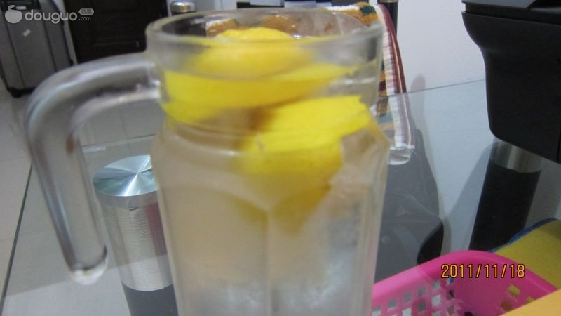 檸檬水的做法_檸檬水的正確做法_冰糖檸檬水的做法 ...