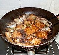 家常红烧带鱼的做法<!-- 图解6 -->